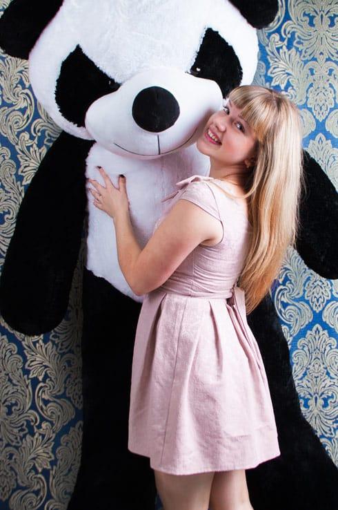 Огромная Панда